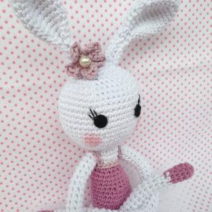 coniglietta ballerina crochet bianca