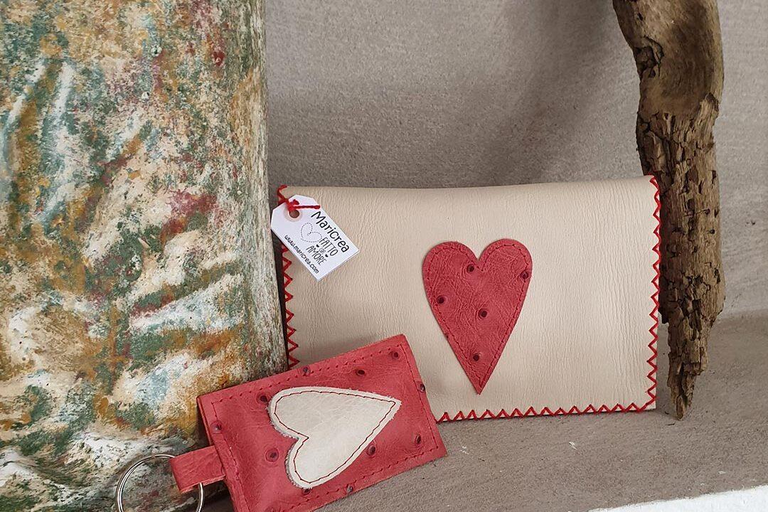 Portadocumenti o portatabacco in pelle cucito a mano