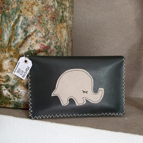 busta-pelle-elefantino2