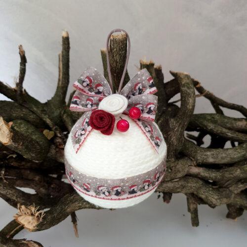 Pallina Natale lana bianco nastro pinguini 2