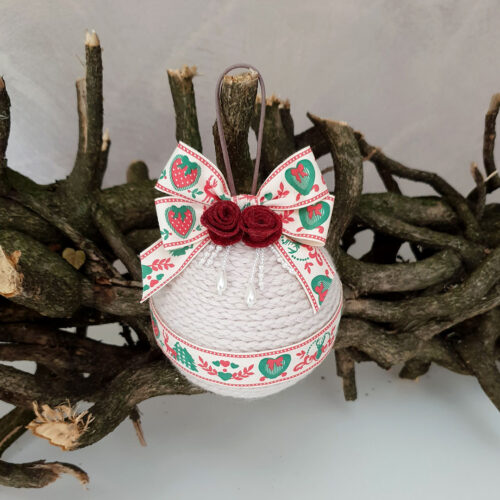 Pallina Natale lana perla nastro cuori